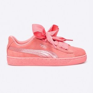 PUMA Suede Heart Wide sneakers Color salmon Size 7